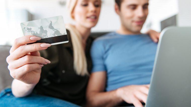 cartões de crédito com nome sujo